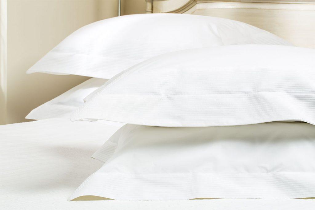 linge de lit haut de gamme quelle est la diff rence. Black Bedroom Furniture Sets. Home Design Ideas